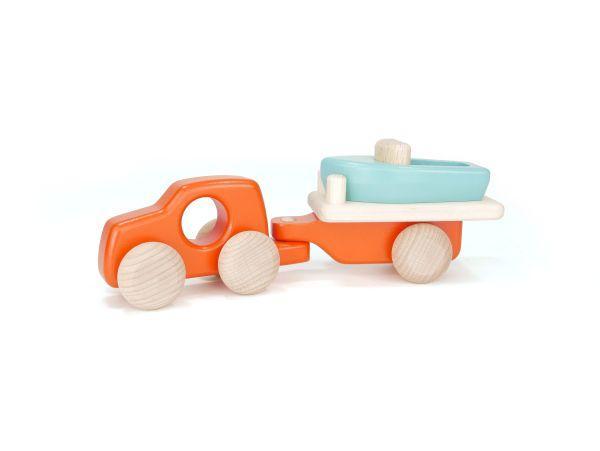 »Auto mit Bootsanhänger« — BAJO